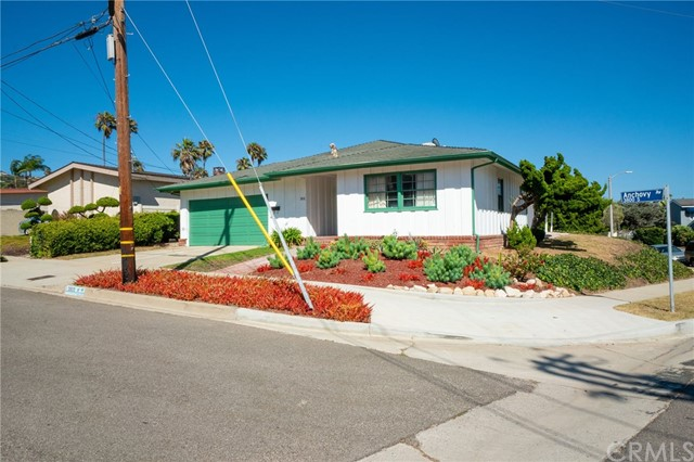 3810 S Anchovy Avenue, San Pedro, CA 90732