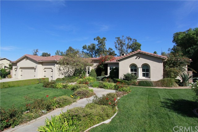601 Wooden Bridge Lane, Redlands, CA 92373