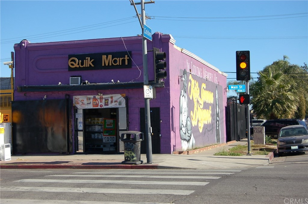 9524 S MAIN Street