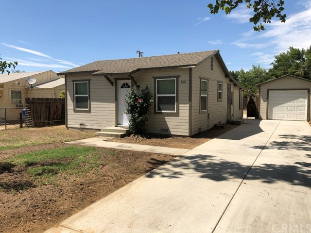 808 Lincoln Avenue, Oildale, CA 93308