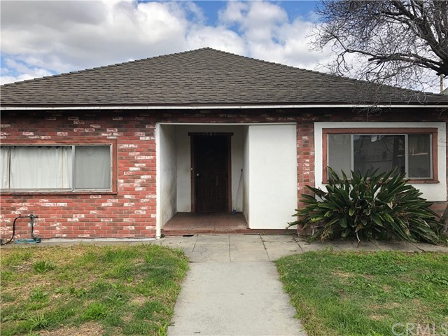 1321 W 30th Street W, Los Angeles, CA 90007