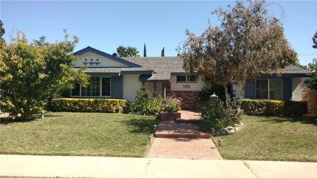 8000 Woodlake Avenue, West Hills, CA 91304
