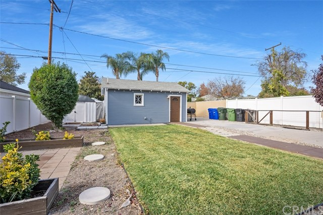 Image 22 of 305 Sultana Ave, Upland, CA 91786