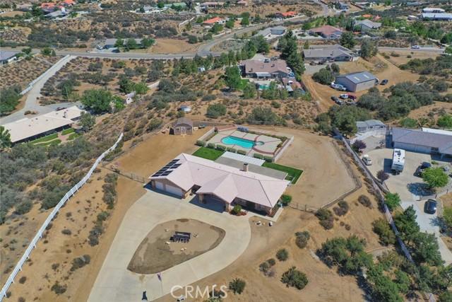 10224 Whitehaven St, Oak Hills, CA 92344 Photo 3