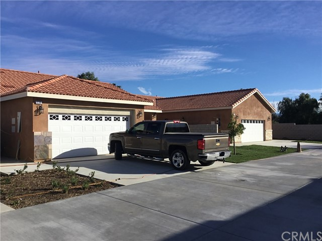 9280 Olive Street, Fontana, CA 92335