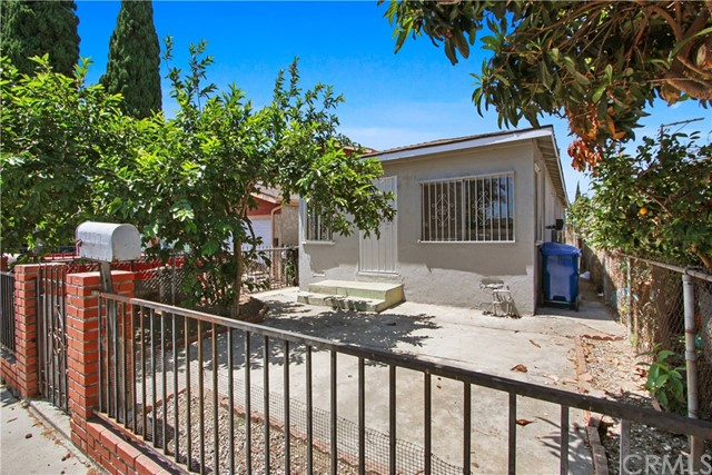 2457 E 114th Street, Los Angeles, CA 90059
