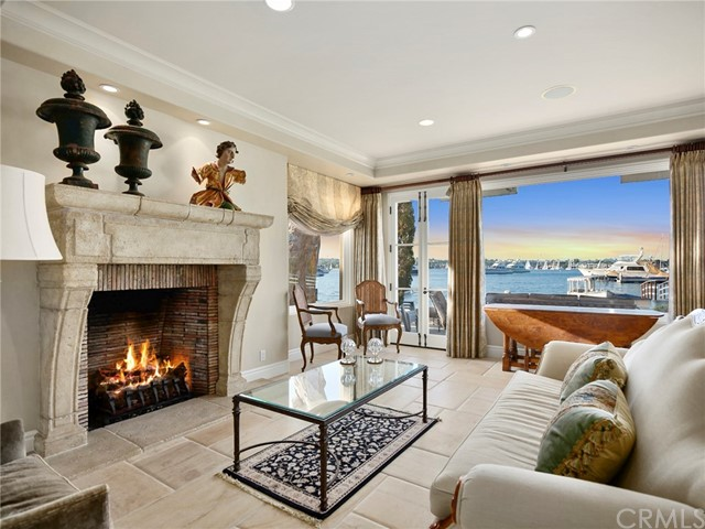 507 W Edgewater Avenue, Newport Beach, CA 92661