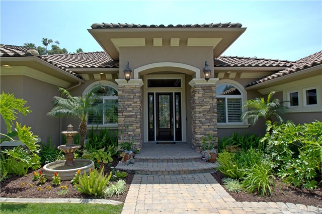 1564 Elizabeth Street, Redlands, CA 92373
