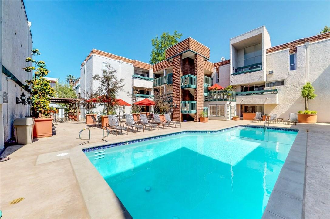 360 S Euclid Av, Pasadena, CA 91101 Photo 15
