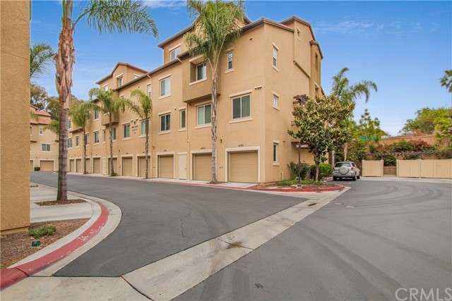 4063 Sandton Lane San Diego, CA 92105