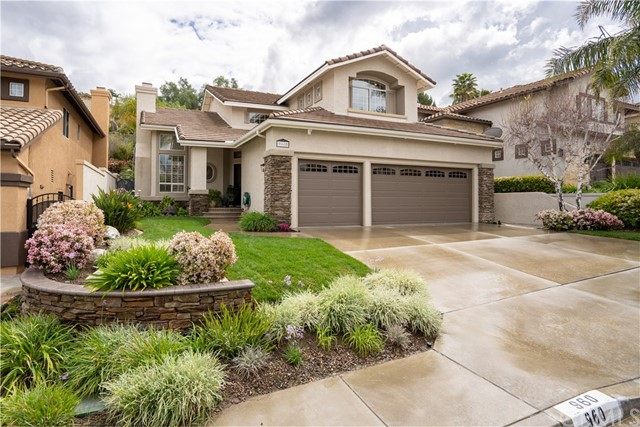 960 S Creekview Lane, Anaheim Hills, CA 92808