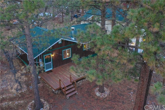 700 Pine Lane, Sugar Loaf, CA 92386