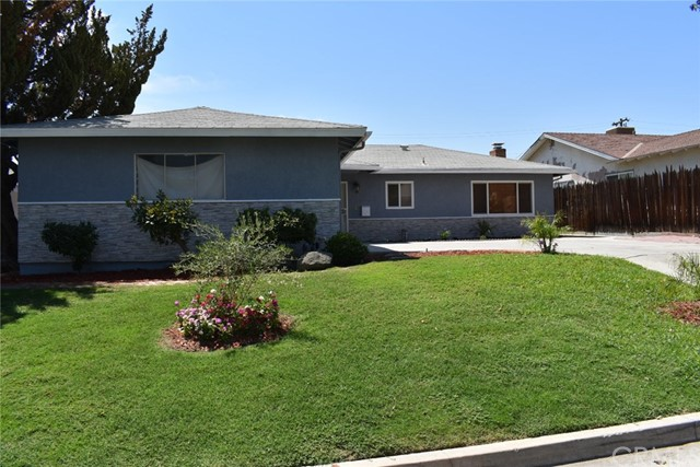 2404 Kayoming Way, Bakersfield, CA 93306