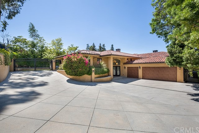 Photo of 104 Edgemont Drive, Redlands, CA 92373
