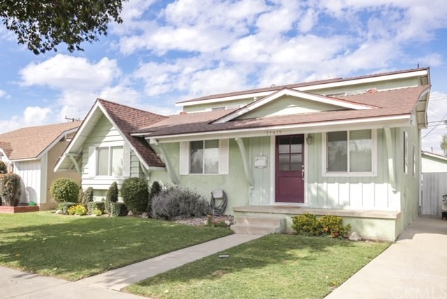 11417 213th Street, Lakewood, CA 90715