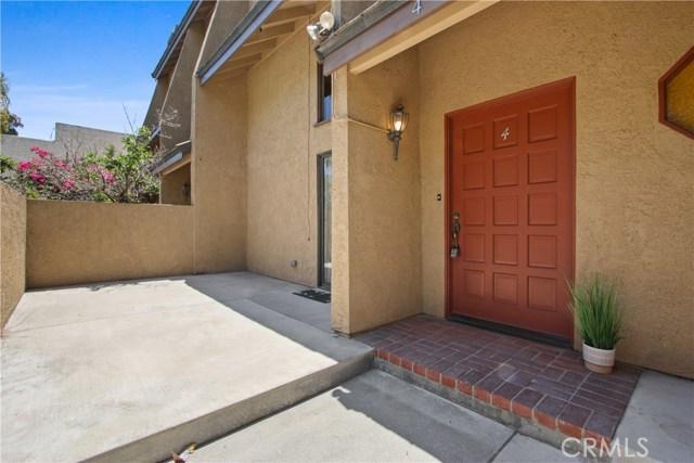 2306 Mathews Avenue 4, Redondo Beach, California 90278, 3 Bedrooms Bedrooms, ,1 BathroomBathrooms,For Rent,Mathews,SB20219812