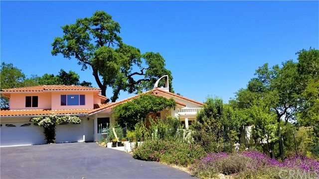 10480 Santa Ana Road, Atascadero, CA 93422