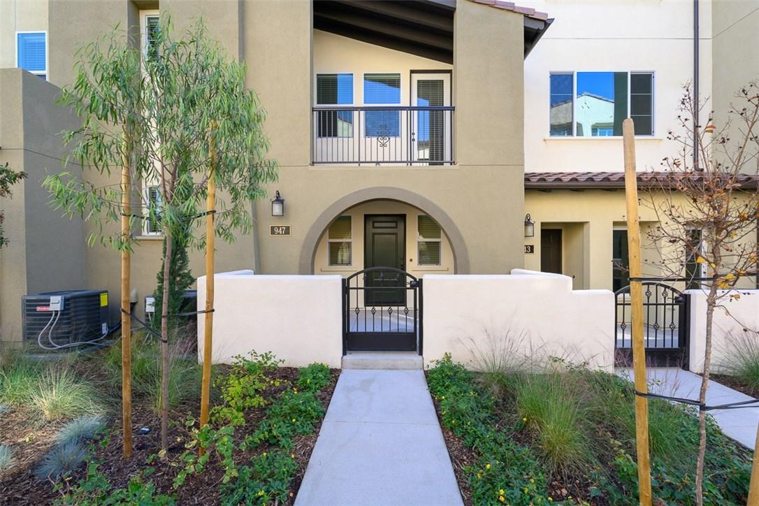 947 E Twill Court, Anaheim, CA 92802