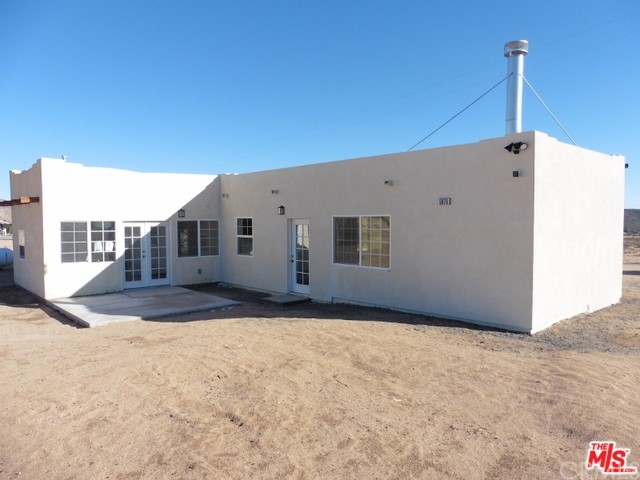 5075 Kickapoo Tr, Landers, CA 92285 Photo 3
