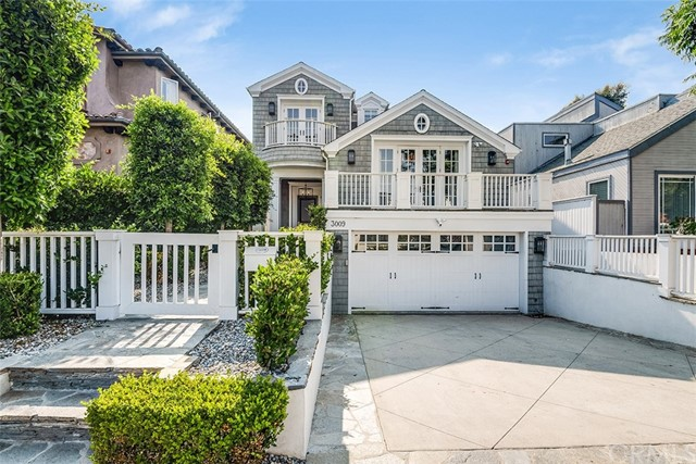 3009 Poinsettia Avenue- Manhattan Beach- California 90266, 4 Bedrooms Bedrooms, ,4 BathroomsBathrooms,For Sale,Poinsettia,SB18197350