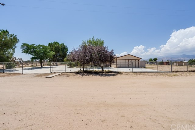 9582 Buttemere Road, Phelan, CA 92371