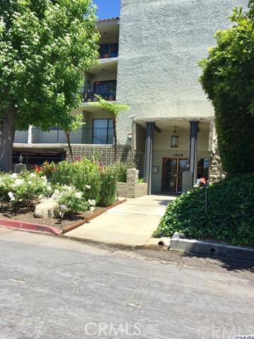 2929 WAVERLY Drive 106, Los Angeles, CA 90039