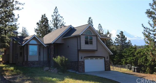 16450 Tee Place, Weed, CA 96094