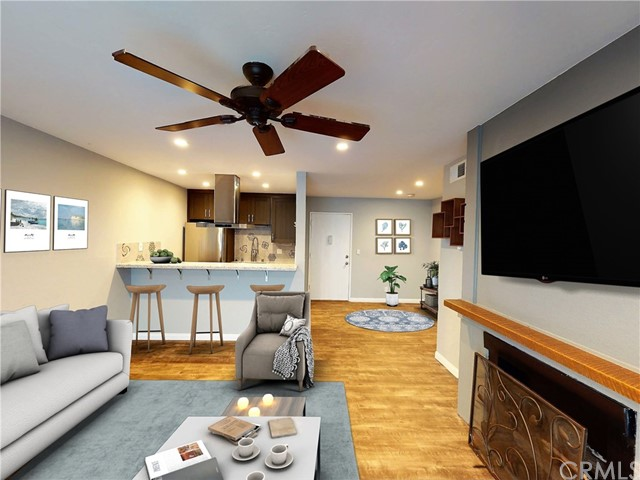 2411 Prospect Avenue 126, Hermosa Beach, California 90254, 2 Bedrooms Bedrooms, ,1 BathroomBathrooms,For Sale,Prospect,SB21014634