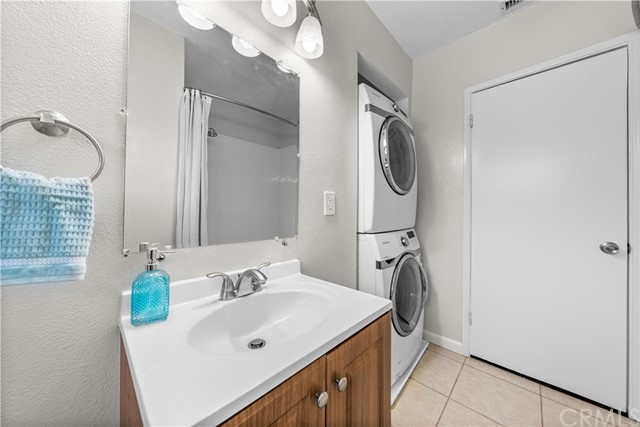 23. 4116 W 173rd Place Torrance, CA 90504
