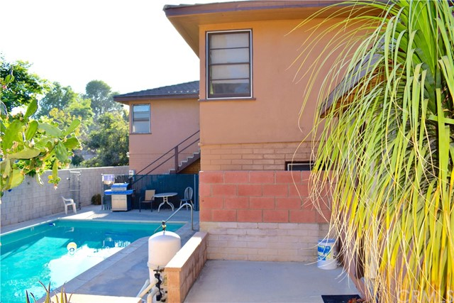 3141 Chestnut St, Riverside, CA 92501