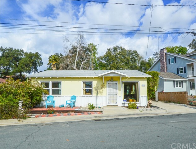 229 W Woodland Oaks Drive, San Dimas, CA 91773