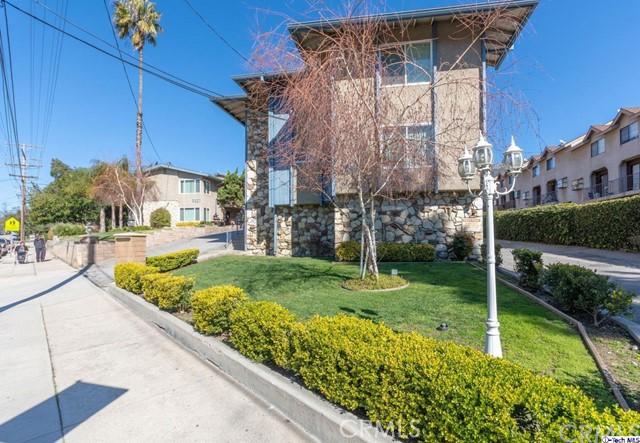 3221 Altura Avenue, Glendale, CA 91214