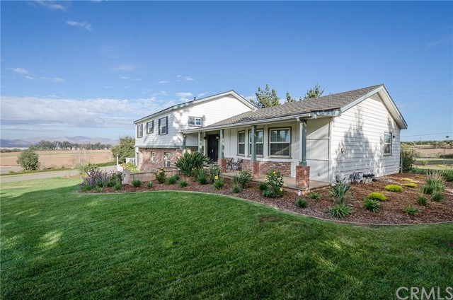 2410 Lake Marie Drive, Santa Maria, CA 93455