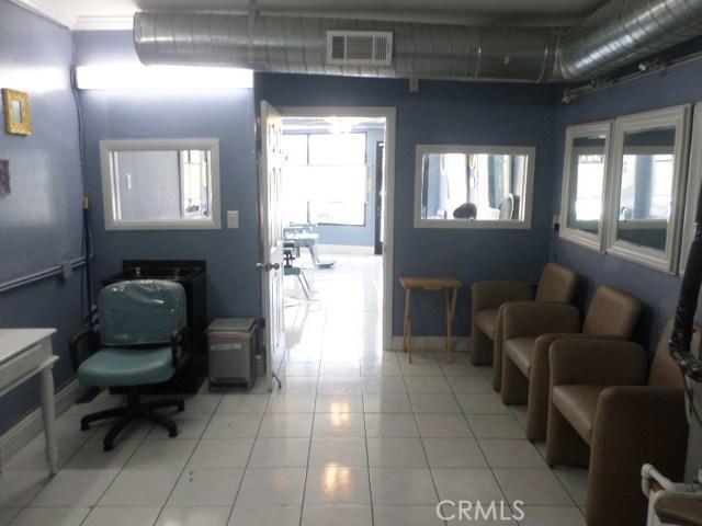 1361 N Altadena Dr, Pasadena, CA 91107 Photo 6