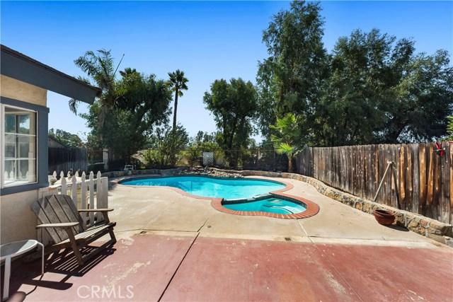 30591 Hollyberry Ln, Temecula, CA 92591 Photo 21