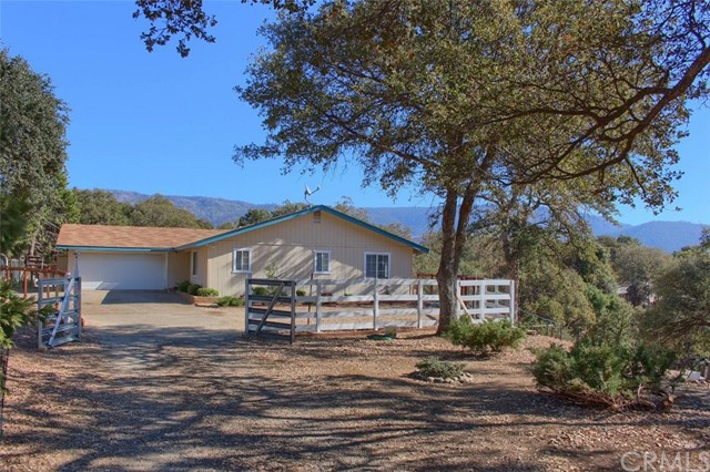 32169 Maranatha Dr, North Fork, CA 93643 Photo 3