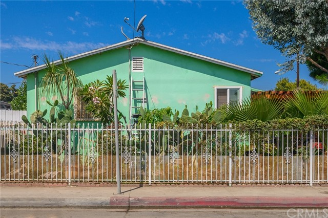 20. 2060 E 131st Street Compton, CA 90222