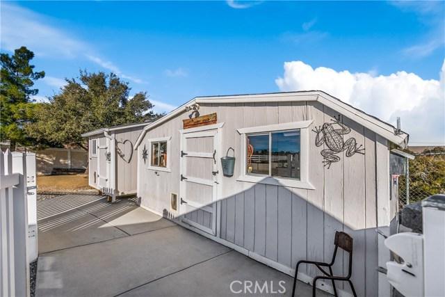 10260 Whitehaven St, Oak Hills, CA 92344 Photo 6