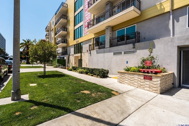7. 2939 Leeward Avenue #507 Los Angeles, CA 90005