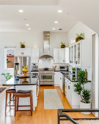 Dazzling kitchen straight out of a magazine