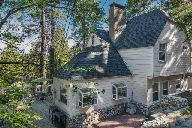 27693 Lakes Edge Road, Lake Arrowhead, CA 92352
