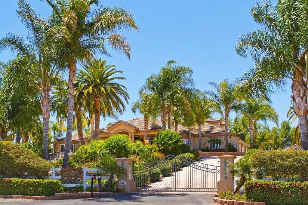 42201 Hawthorn Street, Murrieta, CA 92562