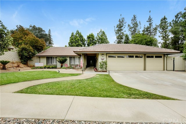 1524 Lori Court, Redlands, CA 92374