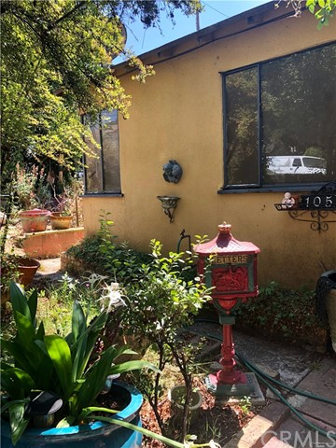 105 Alhambra Avenue, Vallejo, CA 94591