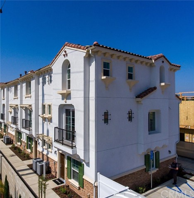 1220 S MacDuff Street, Anaheim, CA 92804