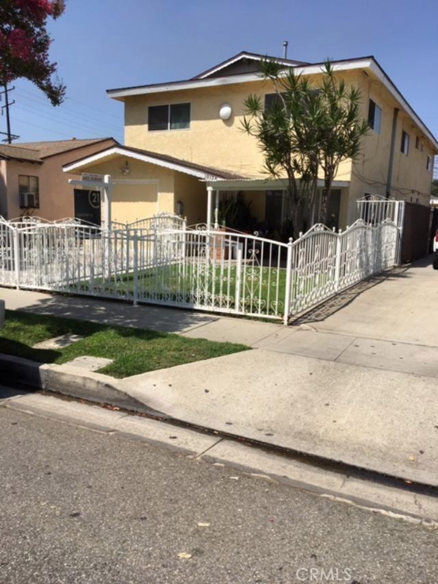 10125 Pinehurst Avenue, South Gate, CA 90280