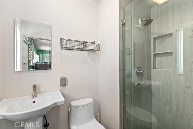 Upstairs unit master bathroom