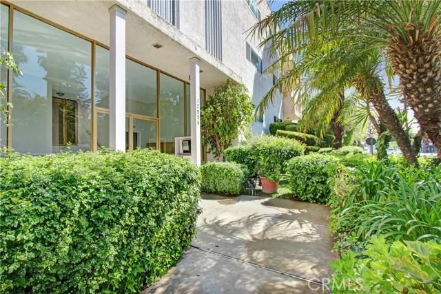 12955 Riverside Drive 306, Sherman Oaks, CA 91423