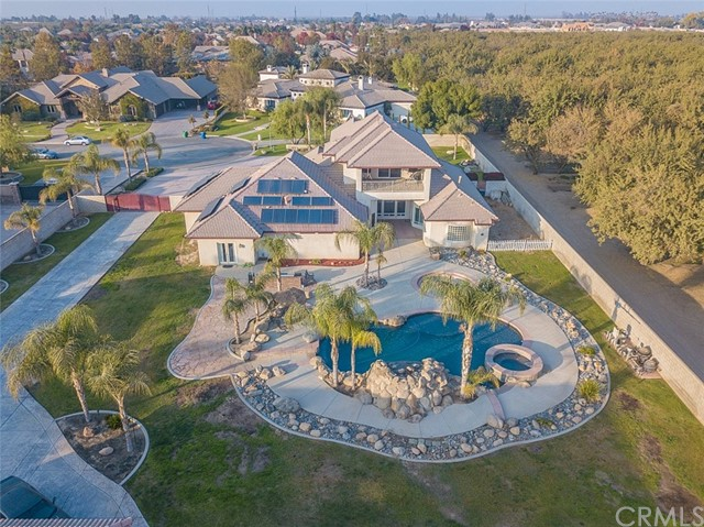 17321 Legend Oaks Lane, Bakersfield, CA 93314