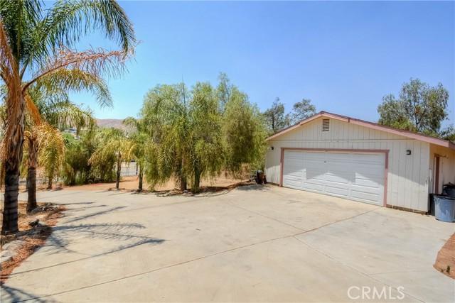 30. 28090 Leona Drive Lake Elsinore, CA 92532